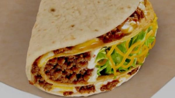 Taco-Bell-Adds-New-Double-Cheesy-Gordita-Crunch