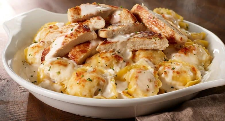 Olive-Garden-Brings-Back-Asiago-Tortelloni-Alfredo-With-Grilled-Chicken-And-Pumpkin-Cheesecake