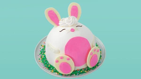 Baskin-Robbins-Introduces-New-Hopscotch-the-Bunny-Cake