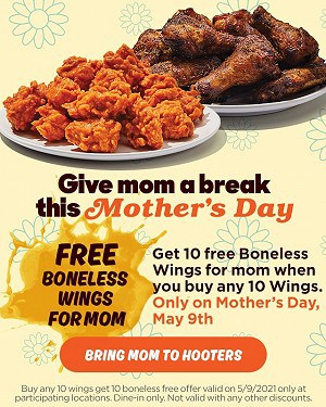 Free-Hooters-Wings-for-mothers-day