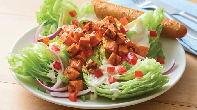 Applebees-Introduces-Two-New-Chicken-Salads